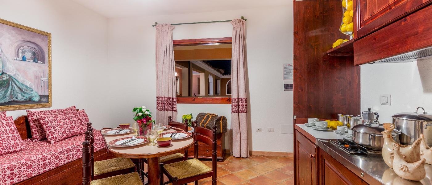 Appartamenti bilocale 3 posti letto residence sos alinos for Appartamenti orosei
