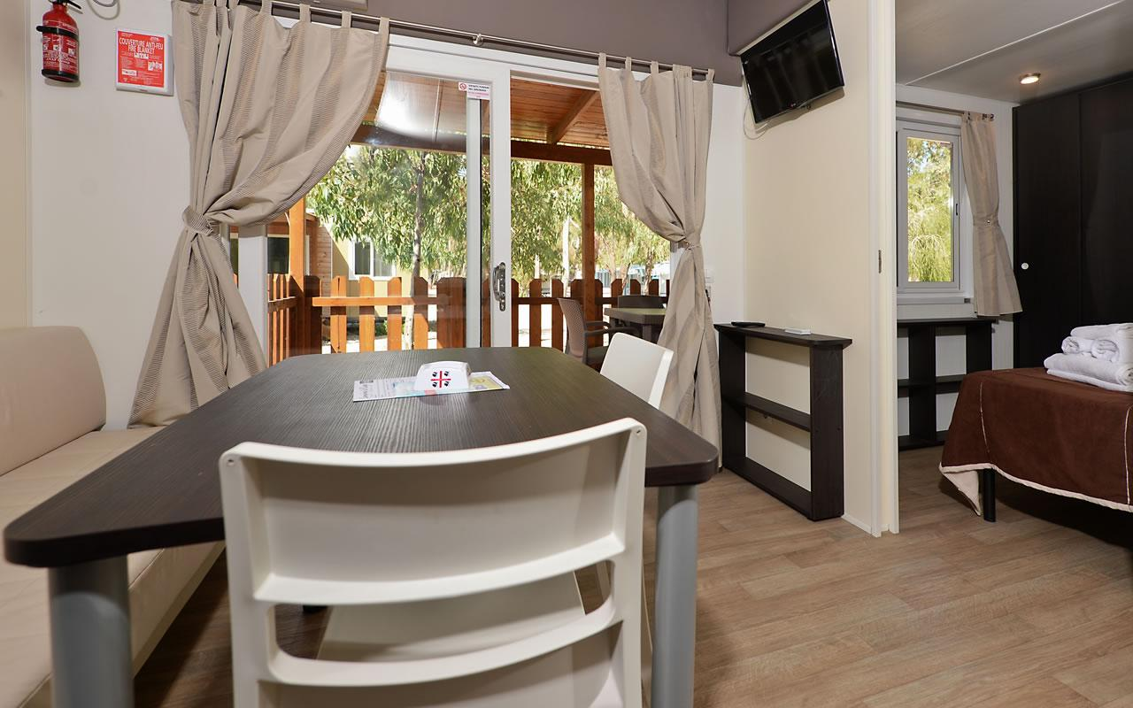 Elegant Mobile home 2 slaapkamers 4 Mori Family Village