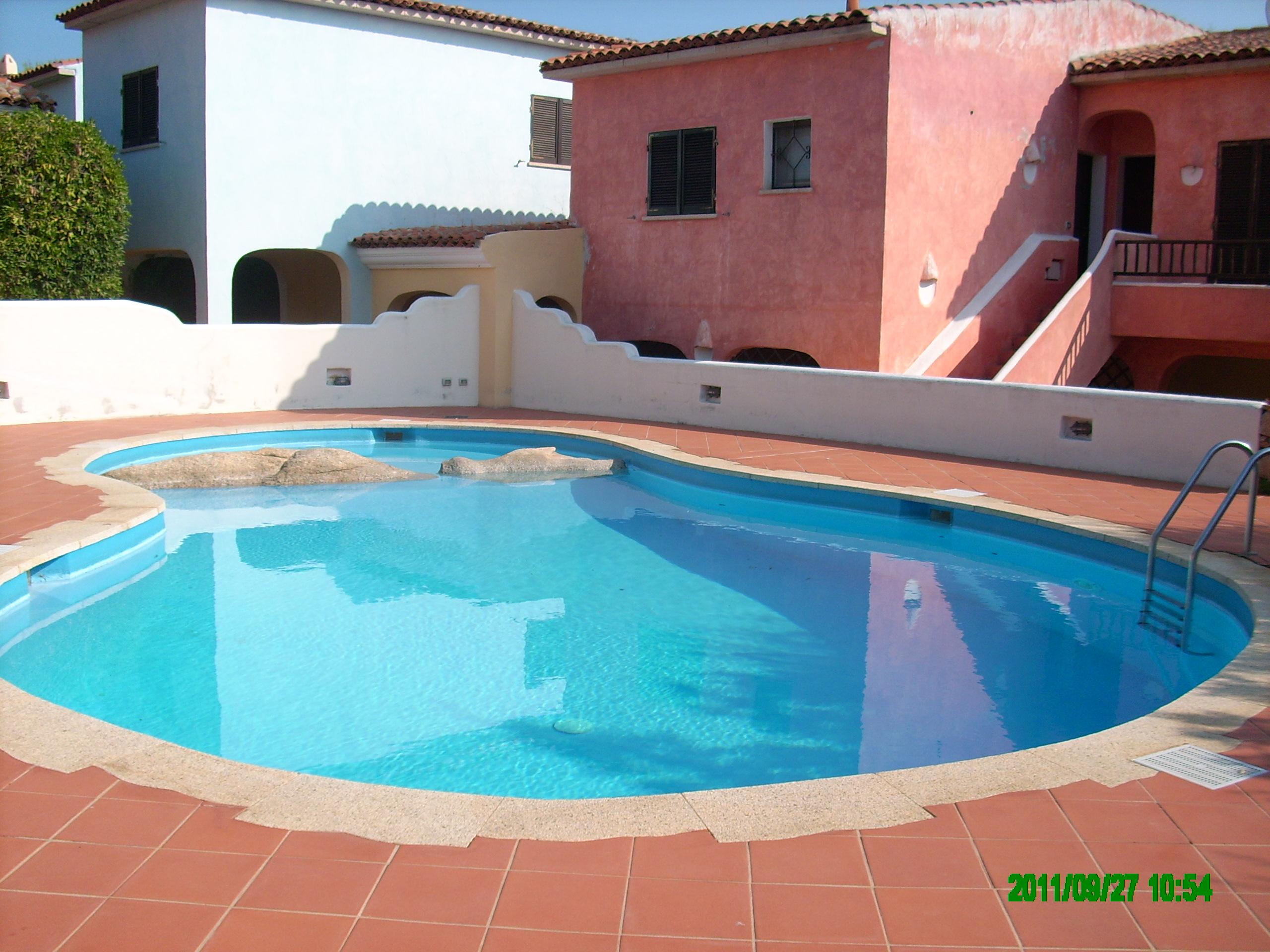 Appartamenti domus cannigione sardegna avitur tour operator - Appartamenti con piscina ...