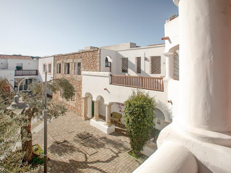 Appartamenti Domus Santa Teresa TRILOCALE SUPERIOR 3