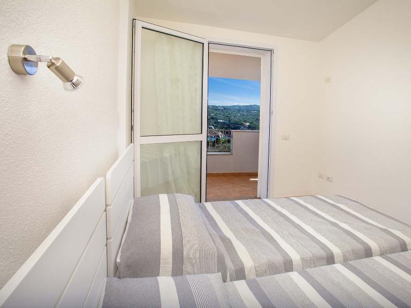 Appartamenti Domus Santa Teresa TRILOCALE 2-5 POSTI LETTO 1