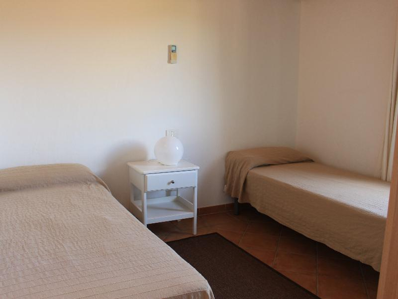 Appartamenti Domus Olbia Spiagge TRILOCALE 2-4 posti PRIMO PIANO aria condizionata 2