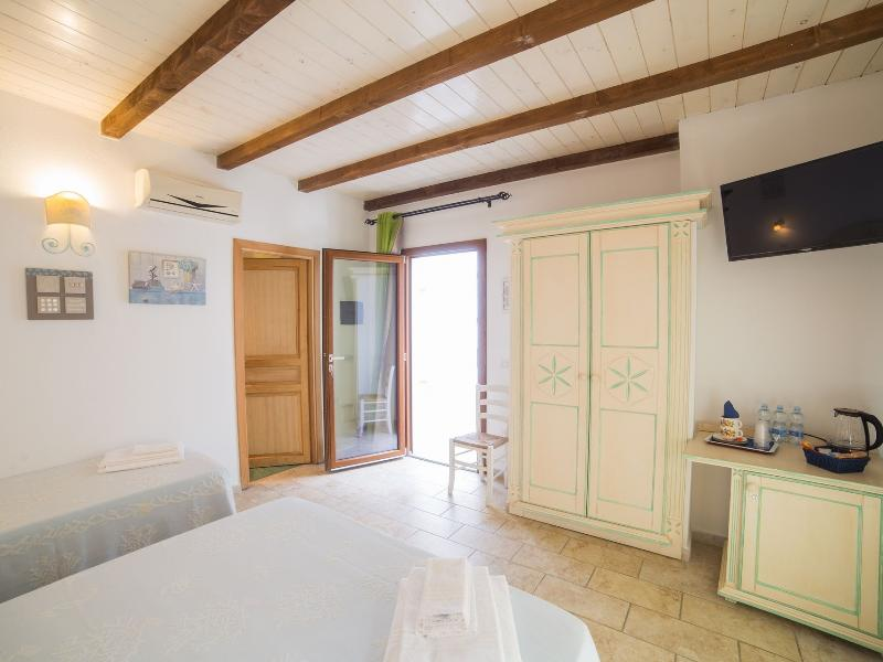 Guesthouse Domus Olbia Inn Superior Room 2