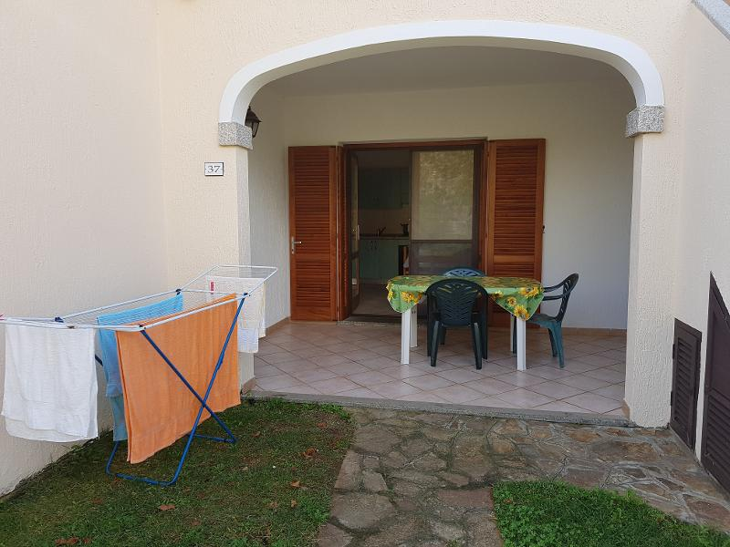 Apartments Domus Budoni 2 2-room apartment with air conditioning 3