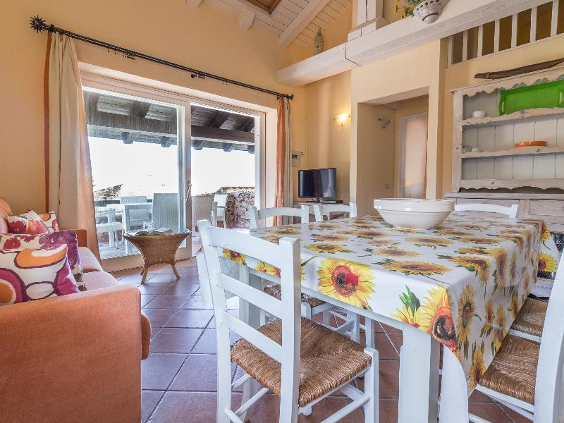 Apartments Domus Porto Rotondo 2-room apartment 4+2 MIRTO 4