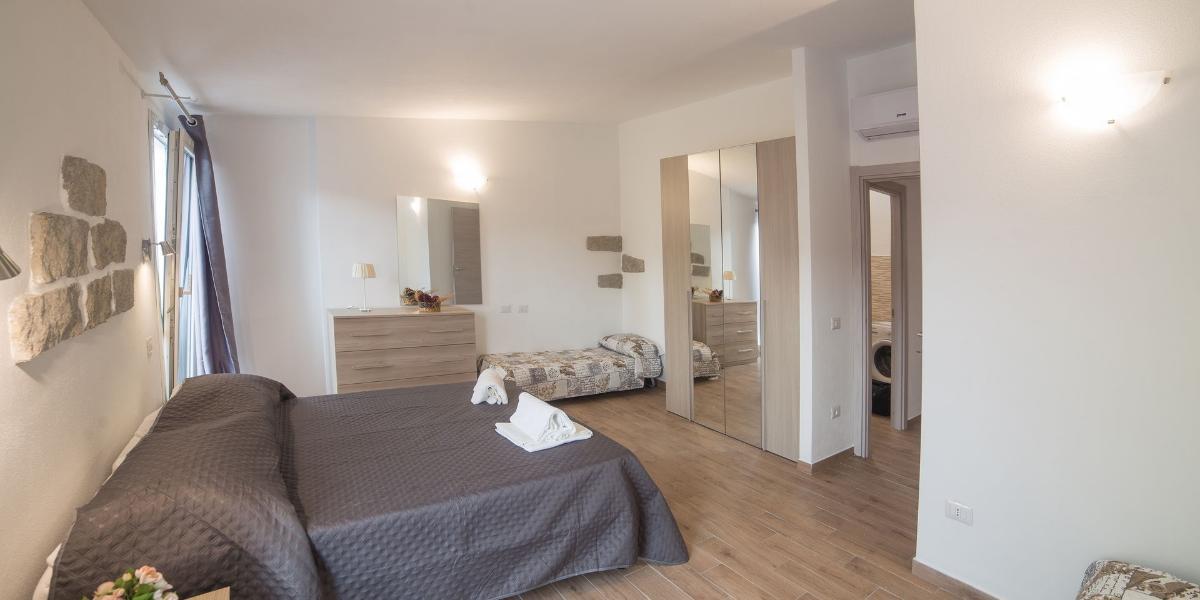 Zweizimmer-Apartment 2-4 Personen Domus Olbia