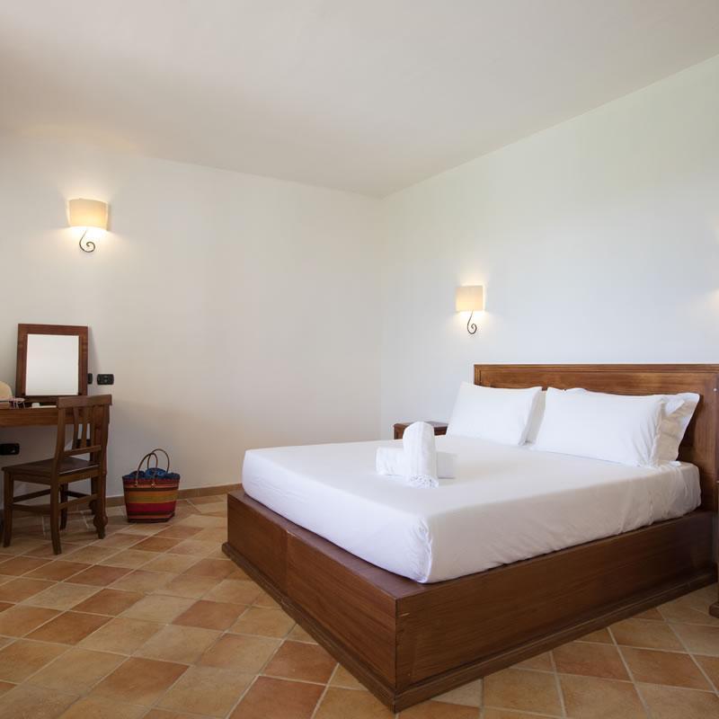 Zimmer im Hauptgebäude Cala Luas Resort