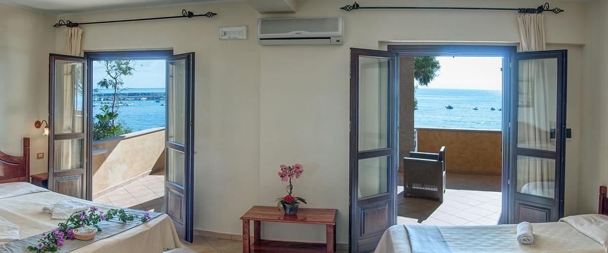 zimmer f r familien in cala gonone hotel la conchiglia. Black Bedroom Furniture Sets. Home Design Ideas