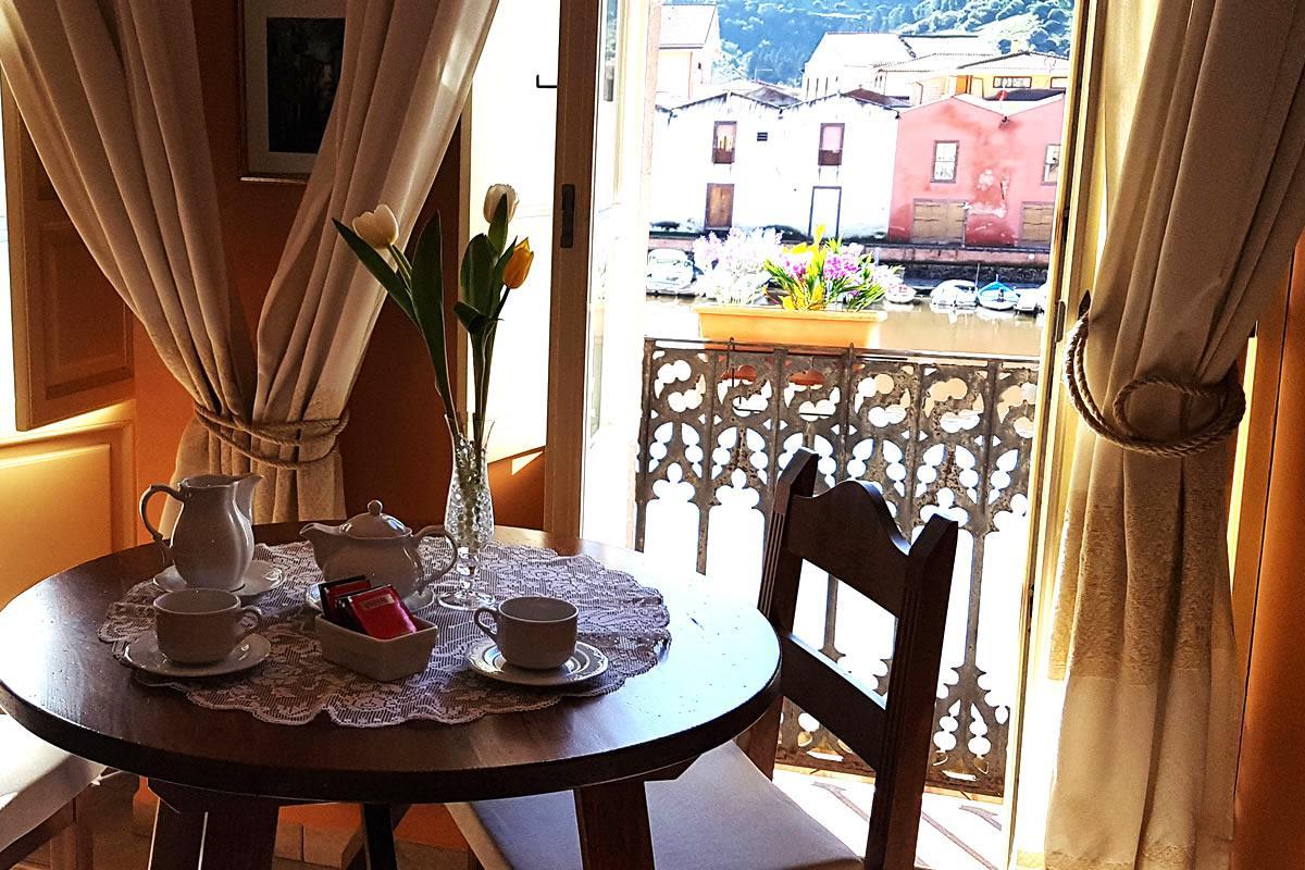 Suite mit Aussicht Corte Fiorita Bosa Albergo Diffuso