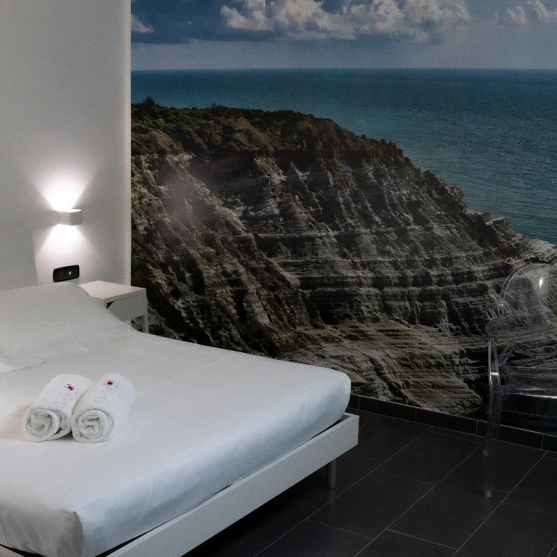 Chambre Economy Doric Bed Boutique Hotel