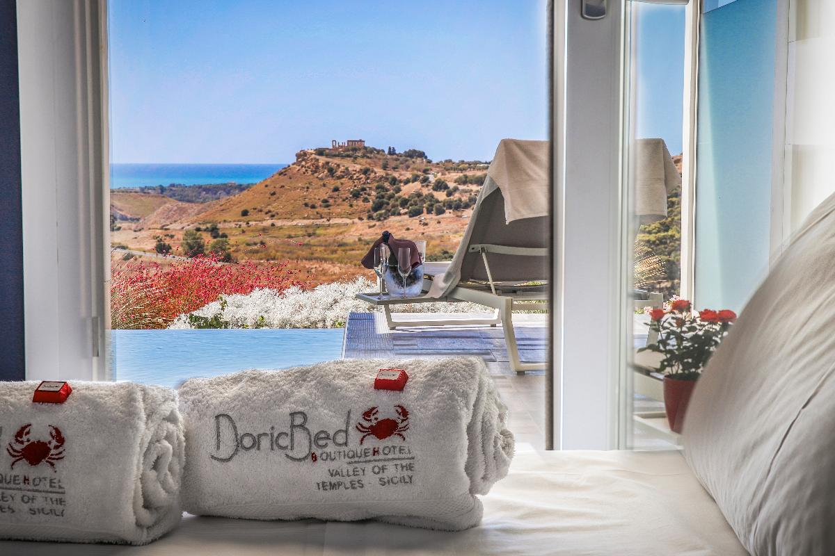 Deluxe room with private pool Doric Bed Boutique Hotel