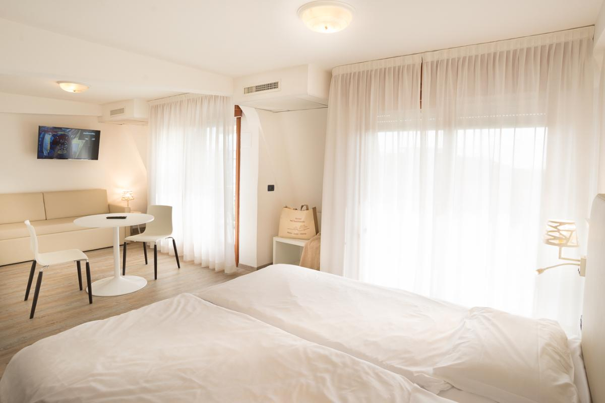 Junior Suite con vista mare laterale Fantinello Hotel