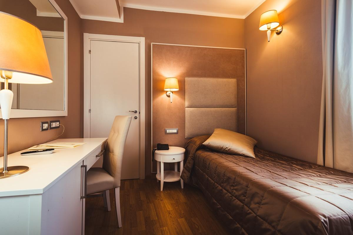 Chambre simple Hotel Centrale