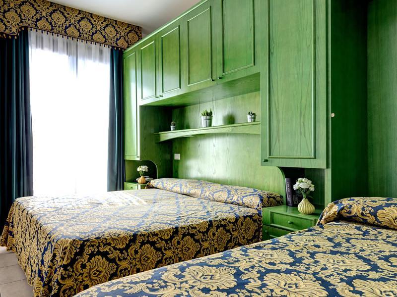 Chambre double avec 3ème lit Hotel Garni San Carlo