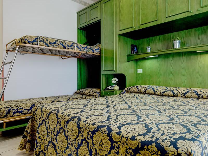 Doppelzimmer mit Etagenbett Hotel Garni San Carlo