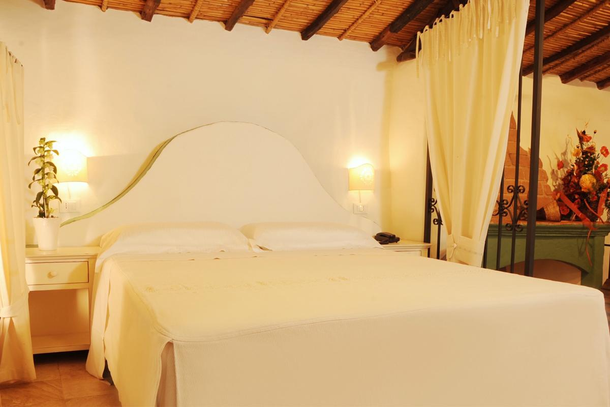 Suite split in two Levels Albergo Diffuso Mannois