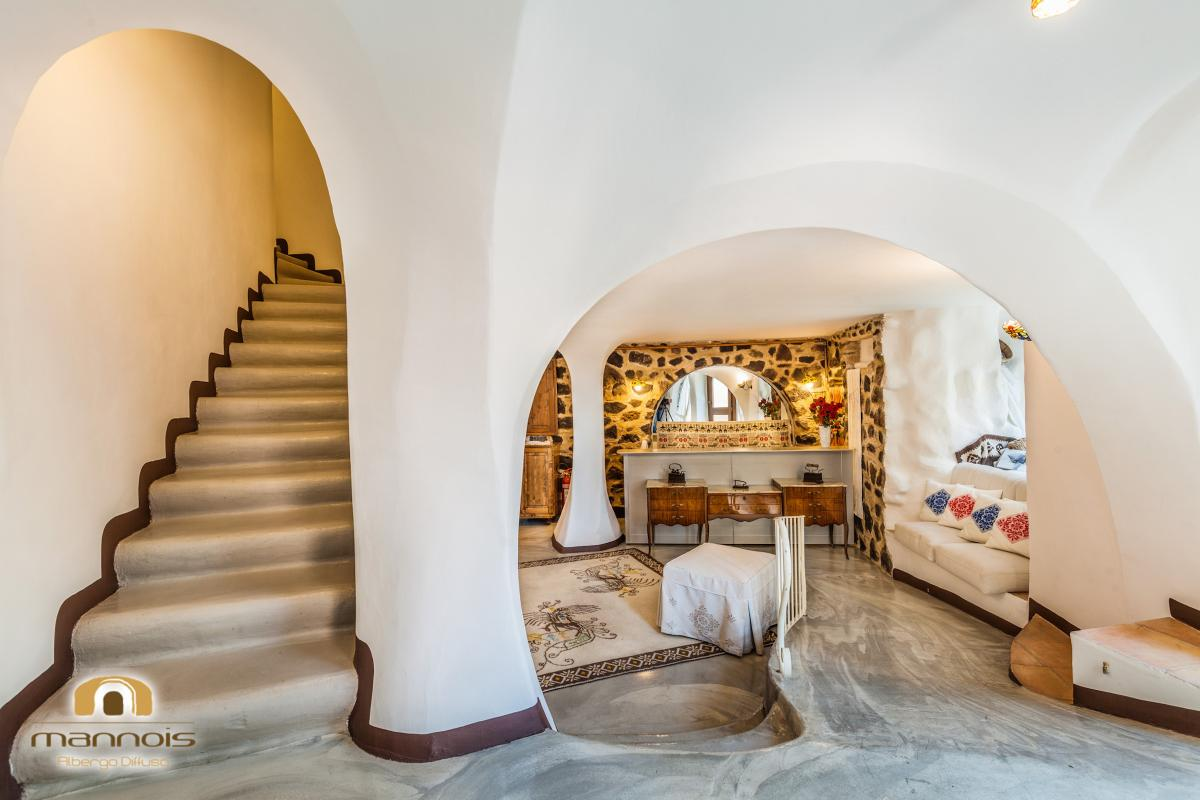 Doppelzimmer mit französischem Bett mit Balkon Albergo Diffuso Mannois