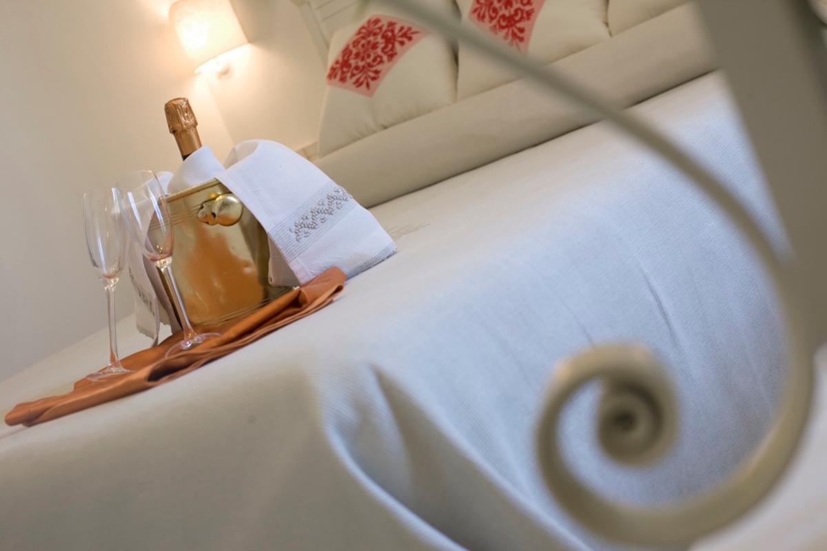 Classic Double Room Albergo Diffuso Mannois