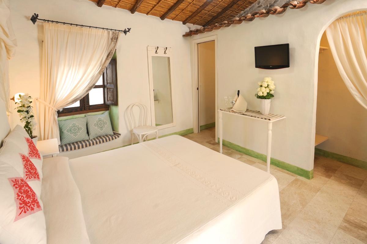 Superior Room First Floor Albergo Diffuso Mannois