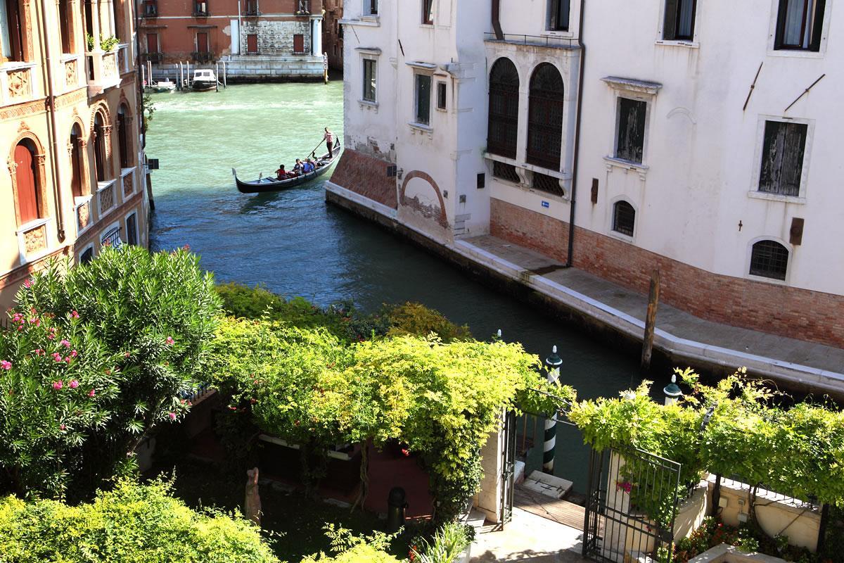 Doppler Zimmer Classic Blick Kanal Hotel Pensione Accademia Venezia