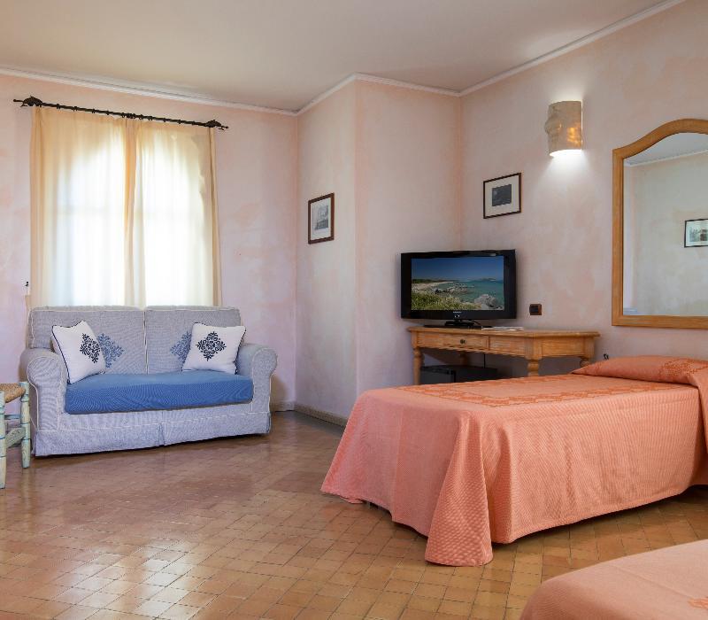 Tripla Hotel Poseidonia