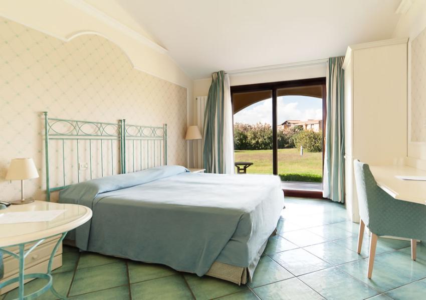Hotel con Camere per disabili Capoterra Cagliari, Sardegna – Hotel ...