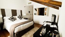 Doppia Luxury - Hotel Villa Fanny