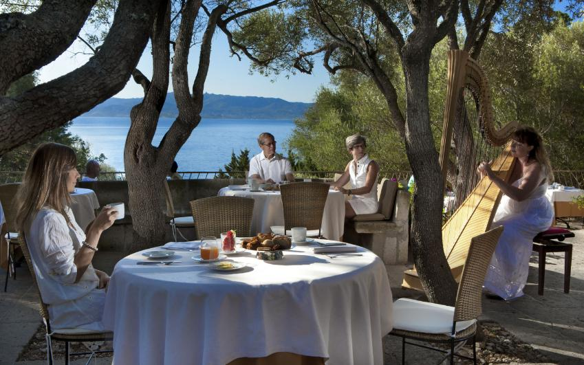 Delphina Hotel Capo d'Orso Thalasso e Spa a Palau. Booking, info :  Wonderful Sardinia
