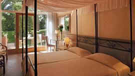 Deluxe Patio Room - Hotel Castello - Forte Village Resort