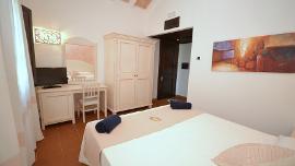 Superior Room - Galanias Hotel & Retreat