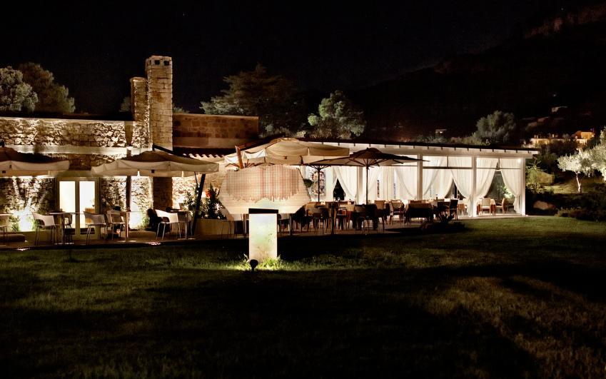 Lanthia Resort a Santa Maria Navarrese. Booking e informazioni : Wonderful  Sardinia