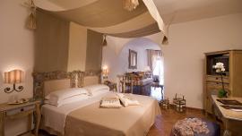 Family Room - Colonna Grand Hotel Capo Testa