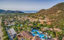 Cruccuris Resort