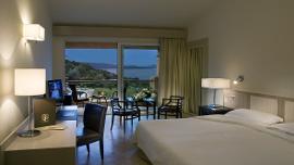 Deluxe - Ea Bianca Luxury Resort