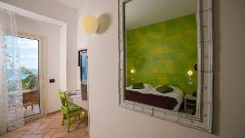 Deluxe - Stella Maris Hotel