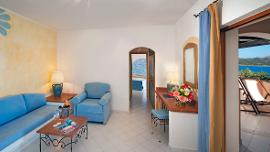 Senior Suite with Sea View - Cala di Falco Resort - Delphina