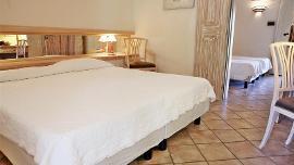4-Bett-Zimmer - Sant'Elmo Beach Hotel
