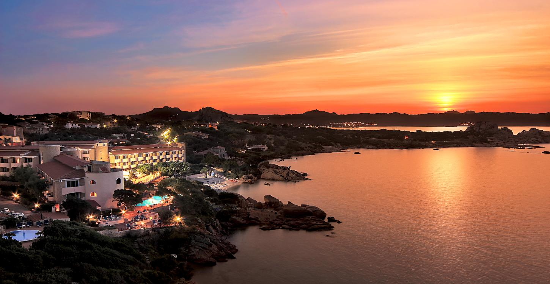 Grand Hotel Smeraldo Beach , Baja Sardinia
