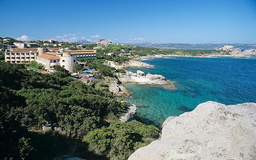Grand Hotel Smeraldo Beach Baja Sardinia Booking And Information Wonderful Sardinia