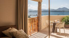 Superior Room with Sea View  - Hotel Cala Cuncheddi
