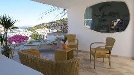 Manor 3-Rooms Apartment with Seaview - Poltu Quatu Grand Hotel